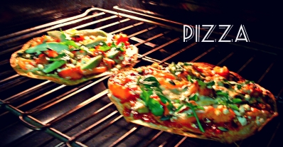 10 Minute Healthy Pizza Recipe using Tortilla