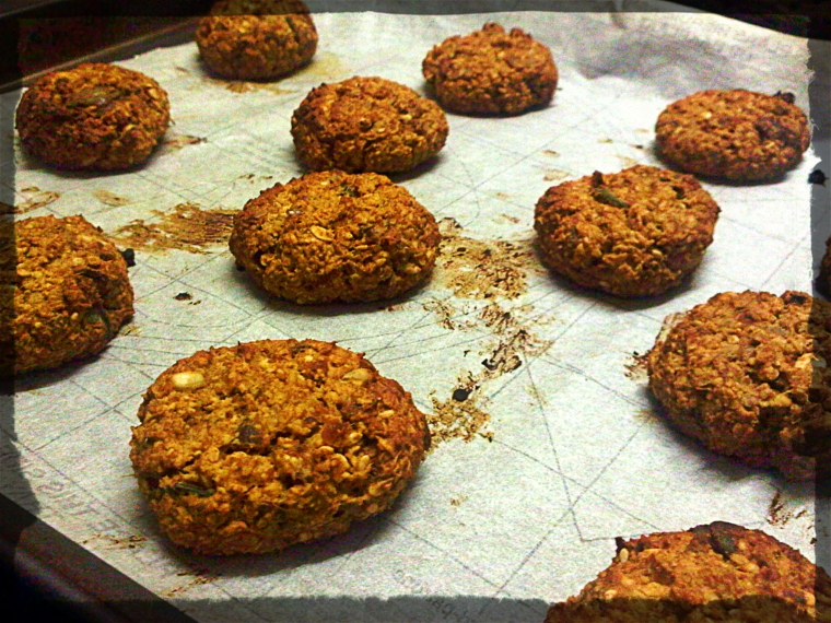 Date and Oatmeal Cookies Gluten Free and Sugar Free