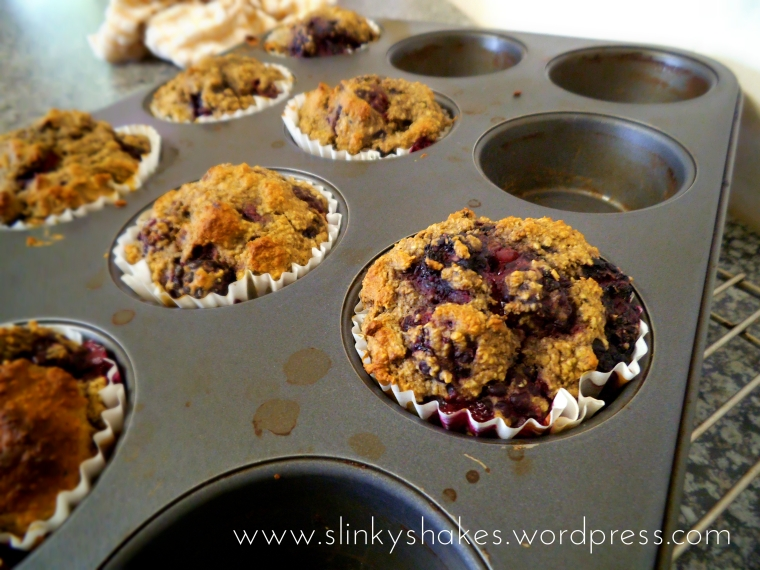 Healthy Blackberry Muffins low fat low calories gluten free refined sugar free