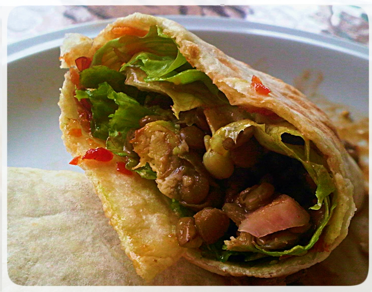 Lentil Coconut Curry Wrap - Healthy, high protein meals. Vegan, Vegetarian